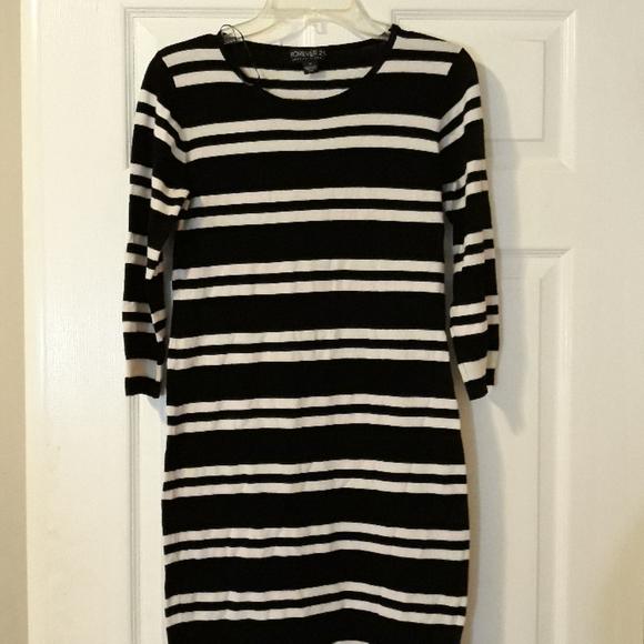 Forever 21 Dresses & Skirts - Forever21 Black striped dress